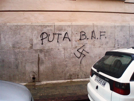 http://antifeixistes.org/bhb/nimete/fotos/castello4.jpg